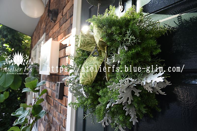 エバーグリーンのクリスマスリース