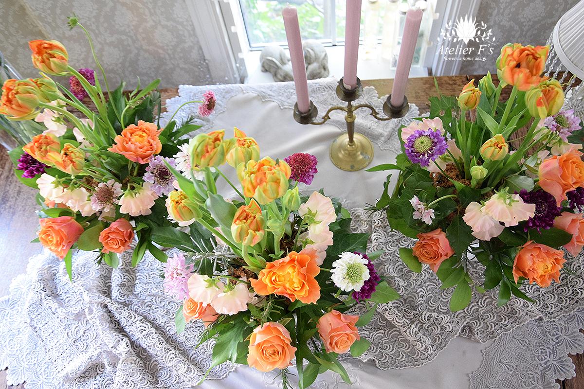 春の花を使ってイギリススたるフラワーアレンジメントレッスン