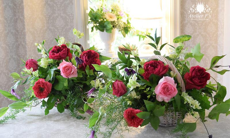 イギリススタイルフラワーアレンジメント バラのラズベリーエレガンスを使って