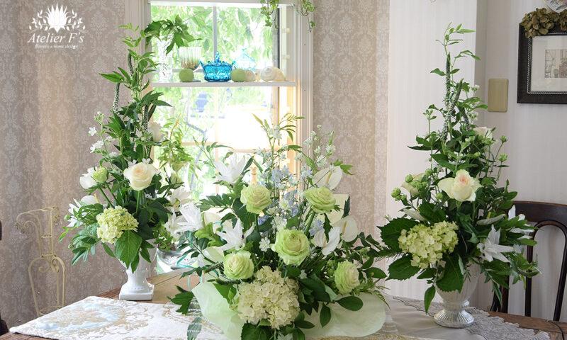 グリーンのバラを使ってフラワーアレンジメントレッスン